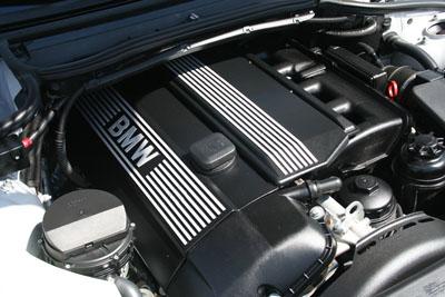 BMW 330i Engine Angle