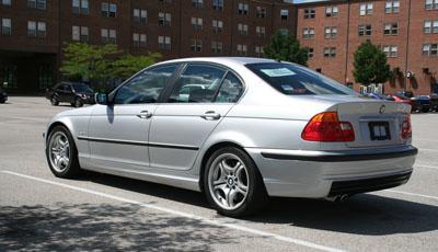 BMW 330i Rear Drivers Side Angle